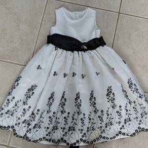 Girls size 4 black and white dress